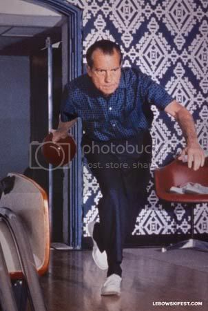 nixon bowl photo: How to Bowl Like Richard Nixon nixon05.jpg